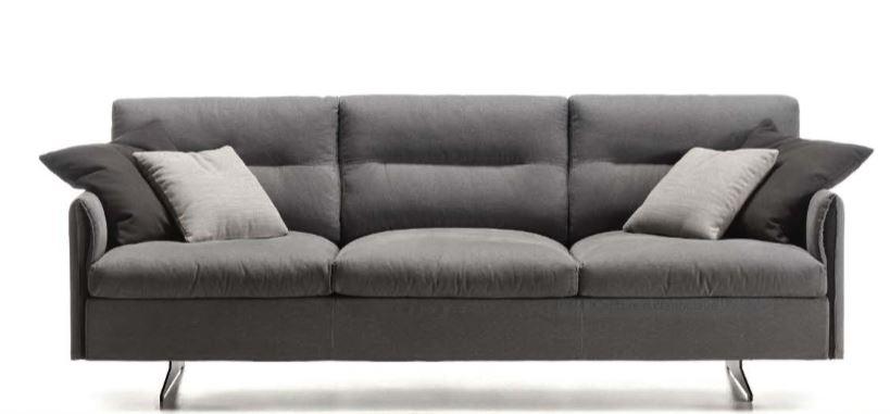 Canapé 3 places en tissu accoudoirs etroits